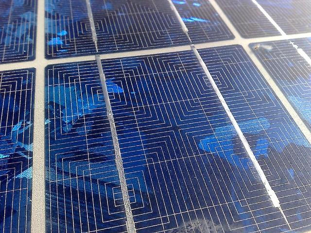 Placas solares flickr photo sharing for Baterias de placas solares
