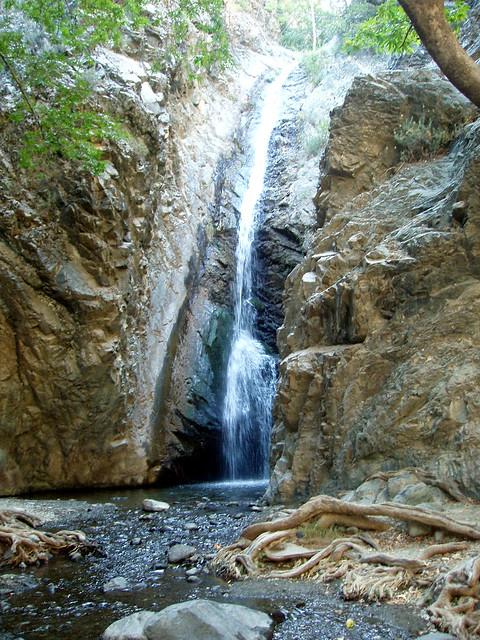 Millomeri Falls