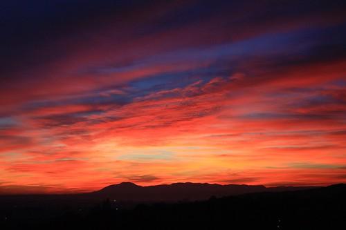 sunset canon landscape eos dusk croatia zagreb digitalphotography bluecity 450d impressedbeauty beautifullcolors nenaddruzic družić gradpodnosljemena cityundermountainsljeme