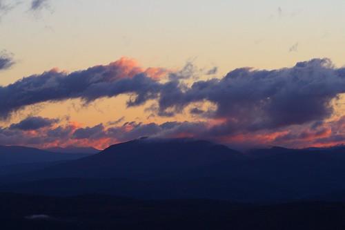 mountains sunrise landscape vermont norwich cloudscape vt absolutelystunningscapes