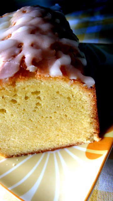 Lemon Pound Cake With Vanilla Drizzle Frosting