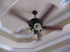 daylighting(0.0), ceiling fan(1.0), ceiling(1.0), mechanical fan(1.0), home appliance(1.0),