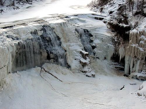 winter cold frozen waterfall february lowerfalls rochesterny geneseriver