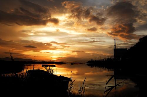 sunset sea beach silhouette clouds landscape boat nikon asia korea busan southkorea dadaepo amazingtalent 35faves 25faves af1835