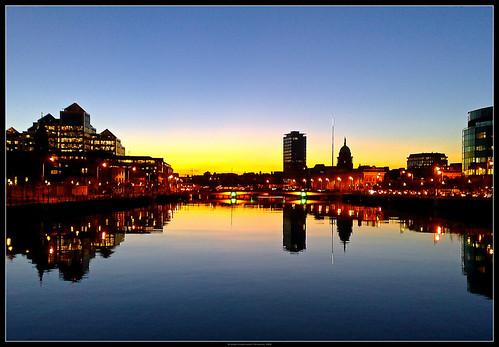 Liffey Sunset a la Nokia - Dublin, Ireland