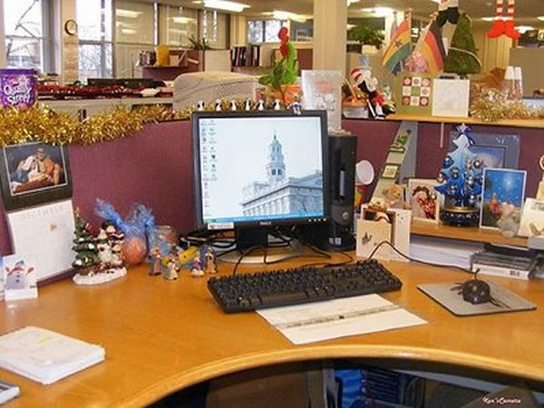 New inspiration christmas office decorations flickr for Xmas office design