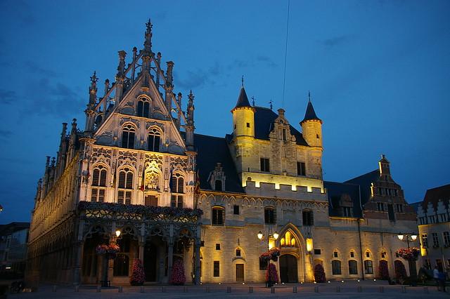 Conjunt gòtic a Mechelen / Gothic buildings in Mechelen