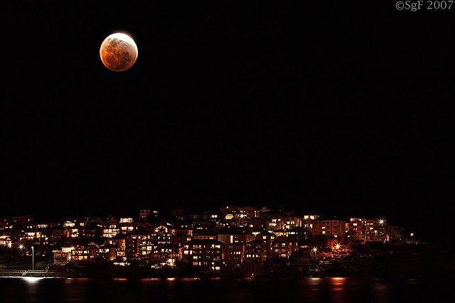 Photo:Blood Moon Rising By:sachman75