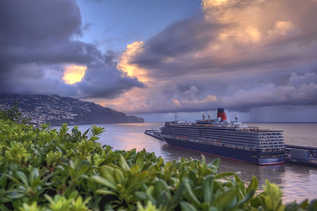 Madeira: Queen Elizabeth sunset...