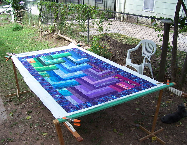 how to use a quilting frame