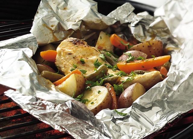 (عشاء الدجاج عيوووون دلوعتهم 4721700847_0983205ce