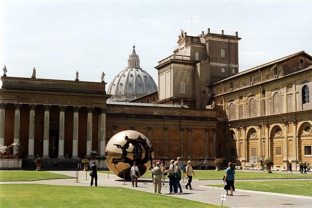 The da Vinci Sphere