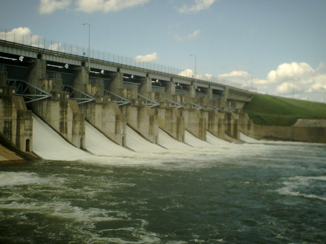 Lake lavon dam lake lavon is near wylie in north texas for Lake lavon fishing