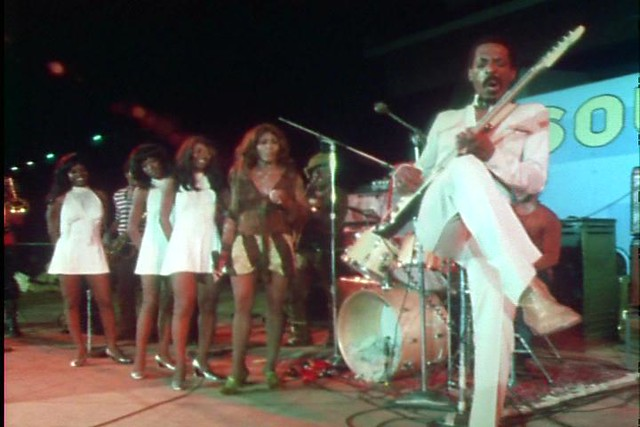 Ike & Tina Turner Revue @ the Soul To Soul concert in Ghana