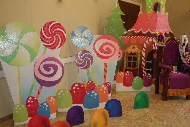 Candyland party flickr photo sharing - Candyland party table decorations ...