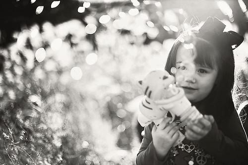 Trik membuat foto potret yang membelakangi matahari alias potret