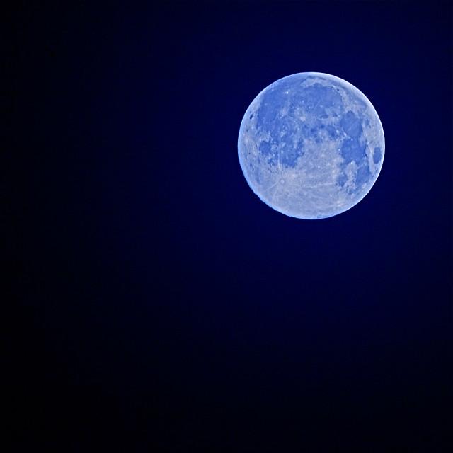 2010 10 23 October Moon