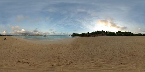 ocean sea panorama sun mer beach sunrise island soleil sand 21 sandy tripod sable gimp level plage 360° leverdesoleil 360°x180° djinn île océan hugin enblend equirectangular tintamarre 303sph