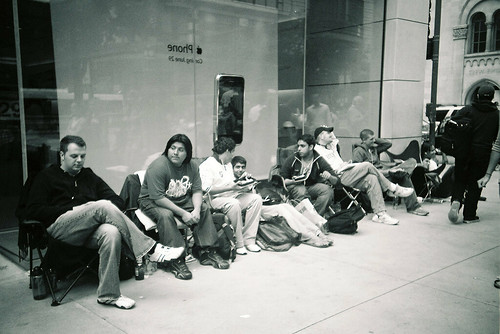 iphone line chicago