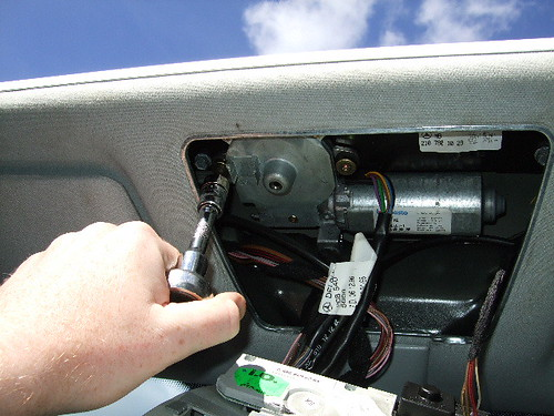 How to fix sunroof motor for Mercedes benz sunroof repair
