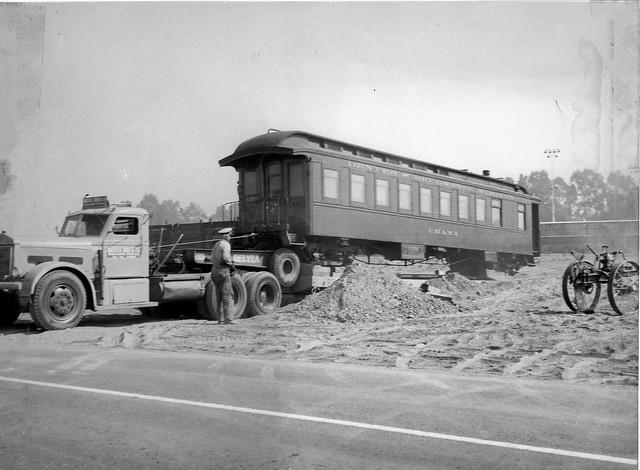 Unloading train car at Knott's Berry Farm, 1950s | Flickr ...