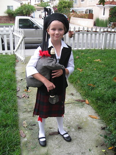 Scottish Bagpiper Costume