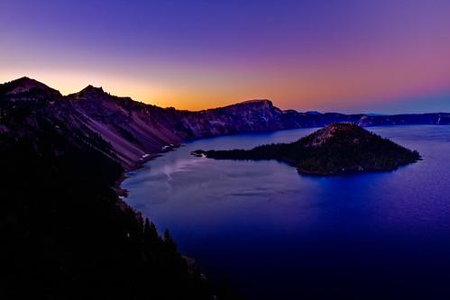 blue sunset sky mountain lake mountains water night oregon island volcano nationalpark clear cascades craterlake wizardisland craterlakenationalpark flickraward platinumpeaceaward flickraward5 prismaticsky
