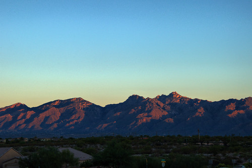 arizona mountains sunrise nikon tucson catalinamountains d90 santacatalinas nikond90club tucsoncatalinas 6packunder rftrucker
