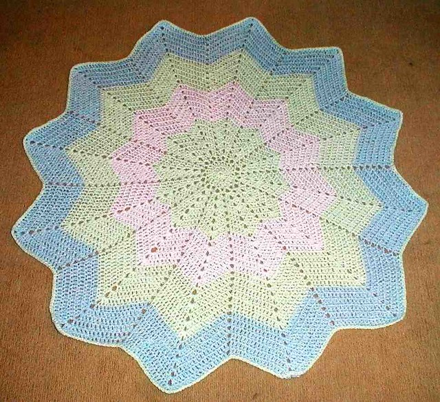 Crochet Pattern For Chevron Baby Afghan : Round Ripple Baby Afghan Flickr - Photo Sharing!