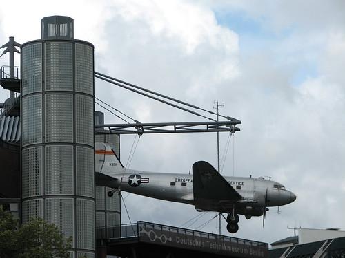 Rosinenbomber: C-47 Skytrain