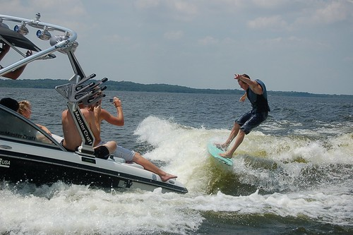 MasterCraft Wake Surfing