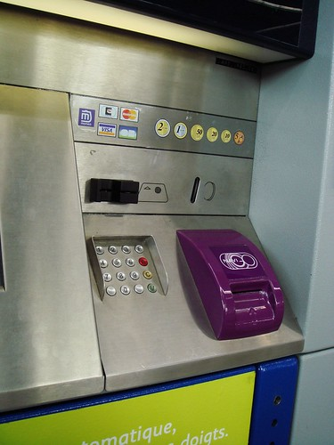 sncf ticket machine at Roissy Terminal 3