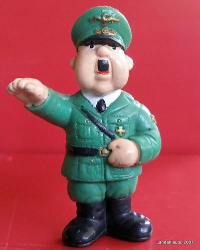 Hitler: el amigo de los niños????