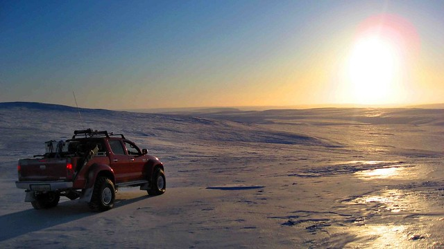 Arctic Trucks - Top Gear Magnetic North Pole Expedition