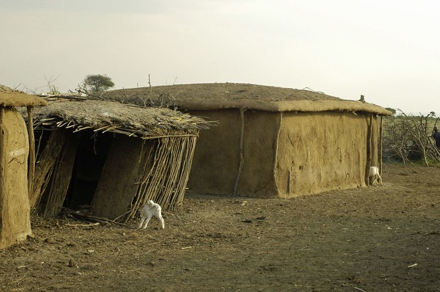 Cow Dung Brick House - Masai Village 007 | Flickr - Photo ...