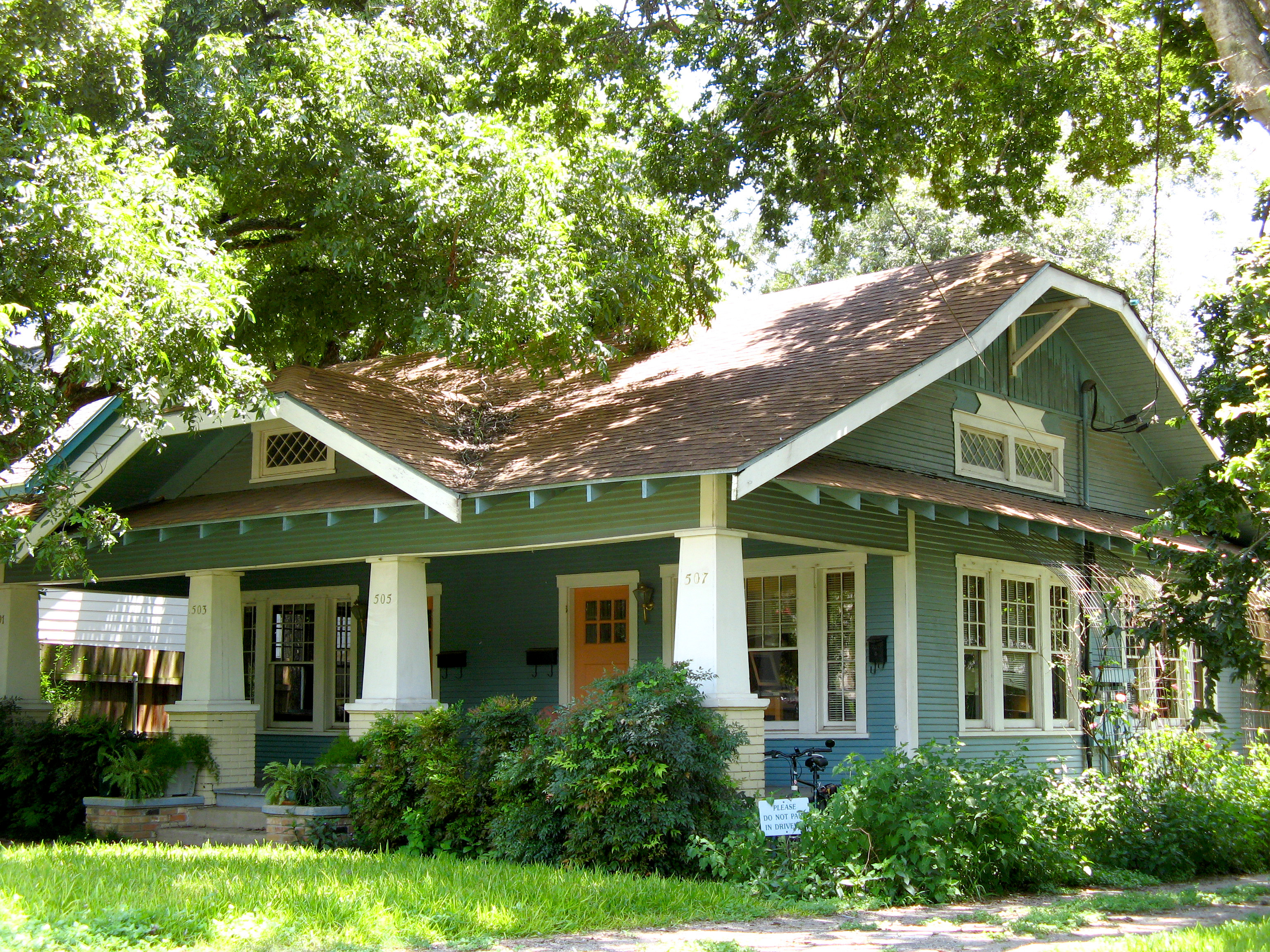 Showing the 6 photos of craftsman style homes for sale in texas