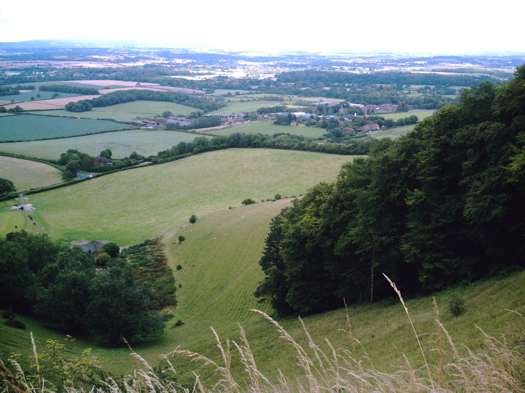 Hassocks to Lewes Plumpton Village from the North Downs. D. Allen Vivitar 5199 5mp