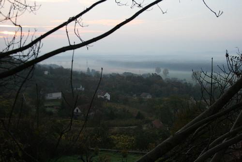 panorama fall fog hungary view valley outlook hegy ungarn 2010 kirándulás táj köd hongrie domb ősz október túra hétvége séta ködös őszi domok