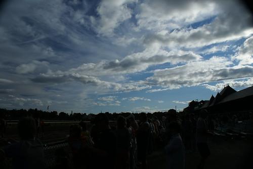 horses people ny newyork saratoga jockeys horseracing crowds winners bets smörgåsbord racehorses nyra saratogaracecourse