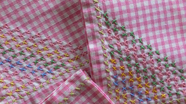 Gingham Cross Stitch Chicken Scratch A Gallery On Flickr