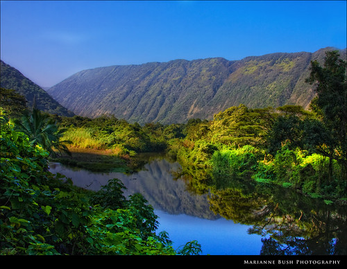 mountains reflections river hawaii valley waipiovalley