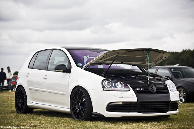 volkswagen golf v r32 turbo flickr photo sharing. Black Bedroom Furniture Sets. Home Design Ideas