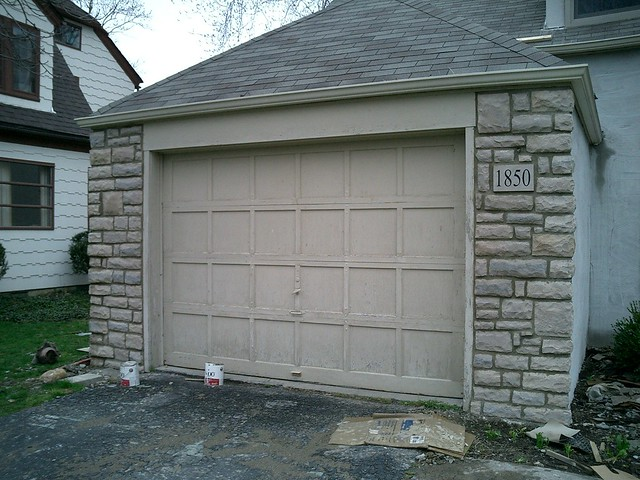 Cultured stone and stucco on garage flickr photo sharing for Stucco garage