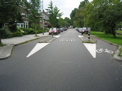 Residential Traffic Calming for Bikes