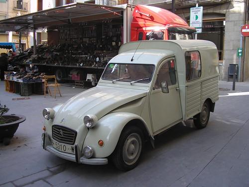 Furgoneta Citroën 2 CV a Ripoll (Girona)