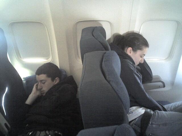 Postura en el avión