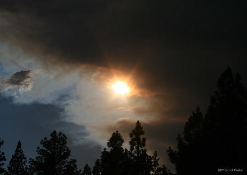 california sunset clouds fire smoke sierranevada susanville lassencounty susanvilleca antelopefire antelopecomplex
