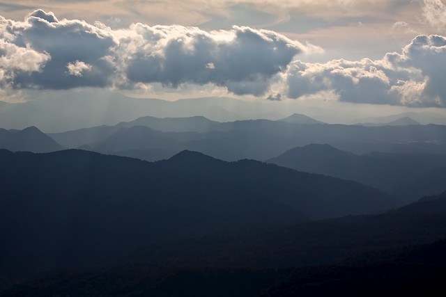 Photo:Sunlight on the Ou Mountains By:jasohill