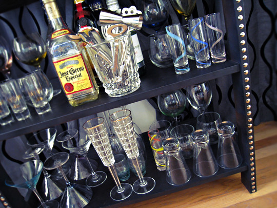 diy studded home mini bar booze display liquor wine glasses champagne glasses shot glasses jose. Black Bedroom Furniture Sets. Home Design Ideas