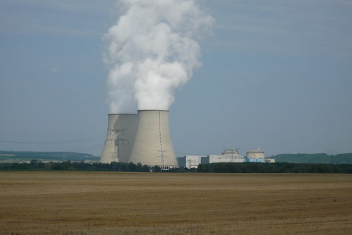 Nogent-sur-Seine Nuclear Plant (Photo: flo21, flickr)